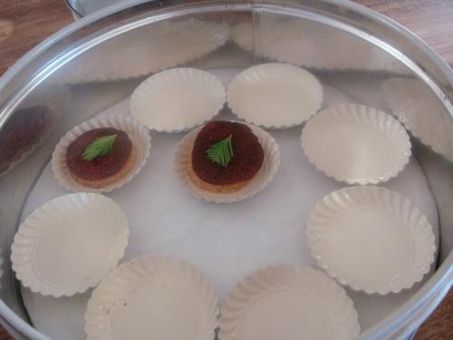 Noma snack Delikatesni kolačići sa svinjskom mašću i crnim ribizlom