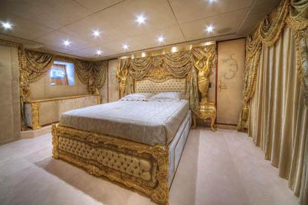 MEGAJAHTE U JADRANU: Standarte – ploveći Ermitage Standarte VIP spavaonica