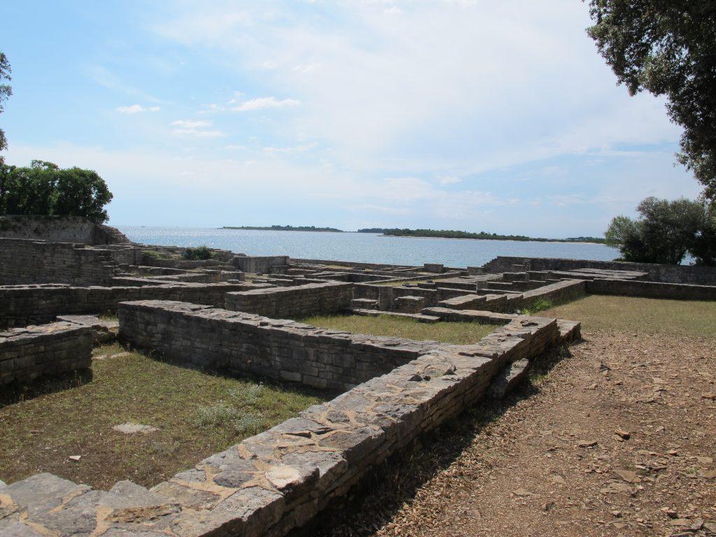 MISTERIJI JADRANA: Brijuni - od močvarnog otoka s malarijom do luksuznog turizma Ostaci bizantskog naselja