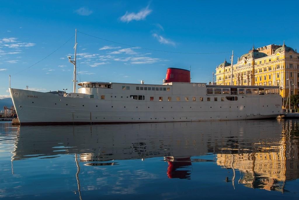 Čudesan život trajekta Marina botel marina danas u Rijeckoj luci