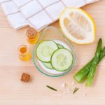 Apiterapija kože ljeti: Recepti za gel i hladne obloge od meda, kupku od peluda